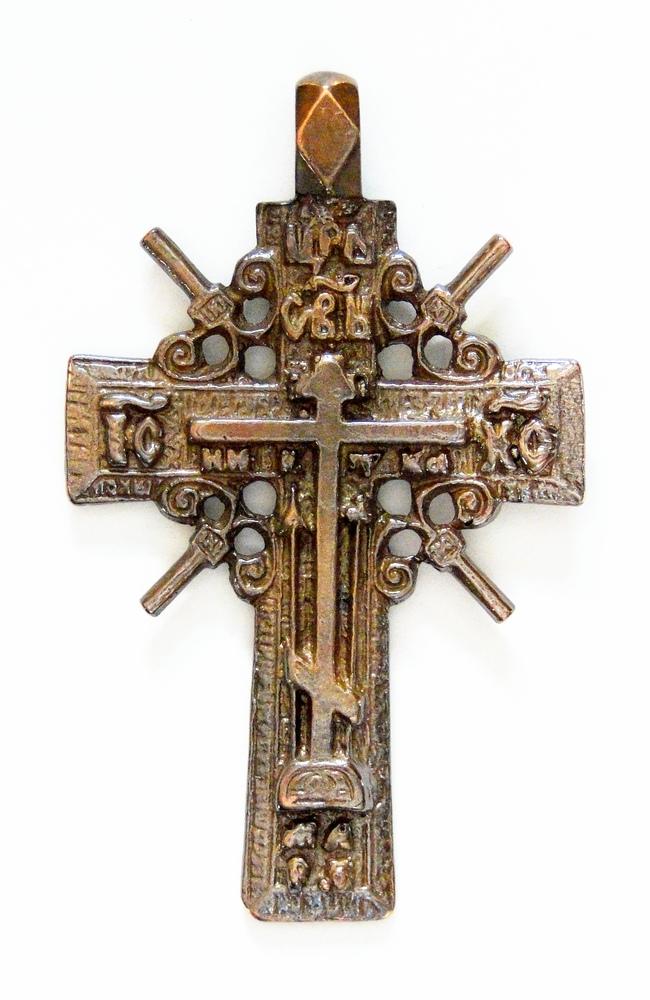 даже старорусские кресты фото гипсокартона зале станут